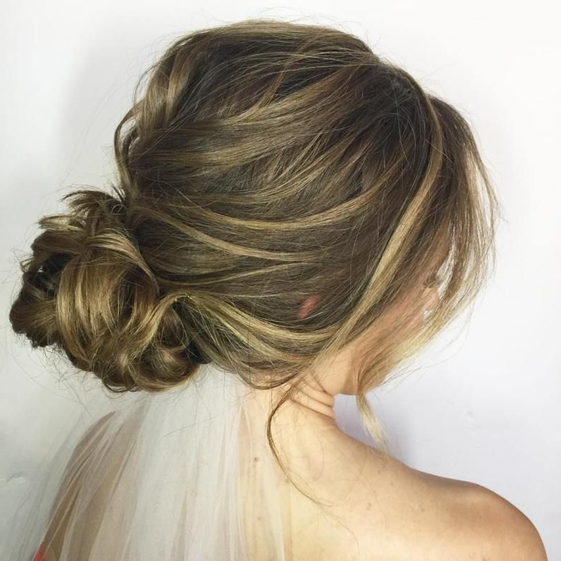 60 Updos For Thin Hair That Score Maximum Style Point | Prom Hairdos Regarding Dishevelled Side Tuft Prom Hairstyles (View 22 of 25)