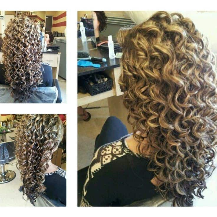 61 Charming Perms Dedicated To Long Hair – Hairstylecamp With Regard To Long Hairstyles Permed Hair (View 21 of 25)