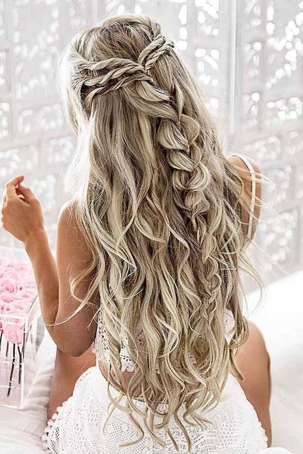 68 Elegant Half Up Half Down Hairstyles That You Will Love For Long Hairstyles Half Up Half Down (View 5 of 25)