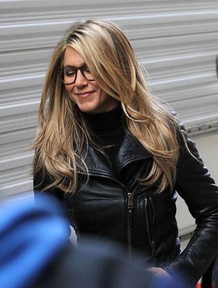 7-Jennifer-Aniston-Long-Haircut-1130 - Styles 2018 in Jennifer Aniston Long Haircuts