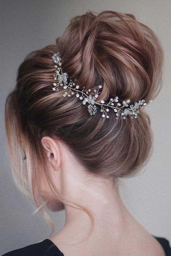 70+ Fun And Easy Updos For Long Hair | Lovehairstyles in Long Hairstyles Easy Updos