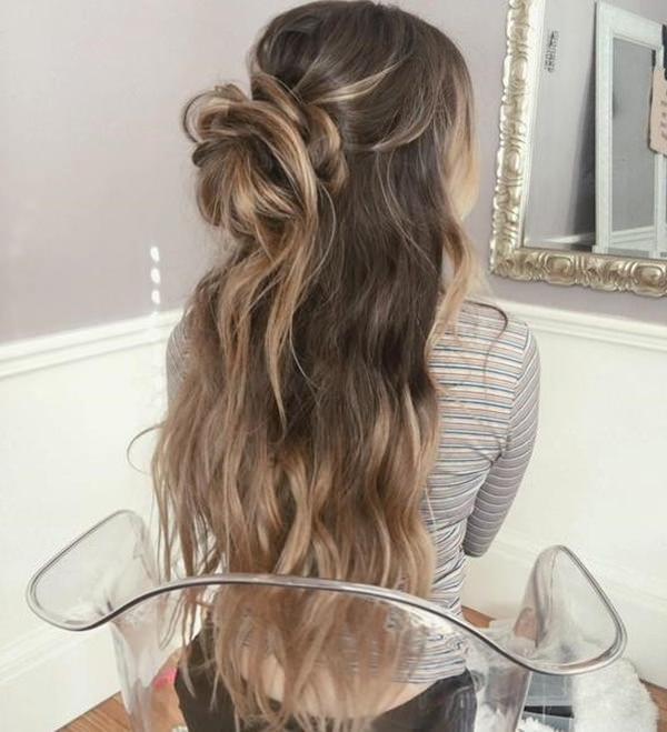 70 Prom Hair Ideas To Sparkle Like You Were A Queen Intended For Wavy Prom Hairstyles (View 14 of 25)