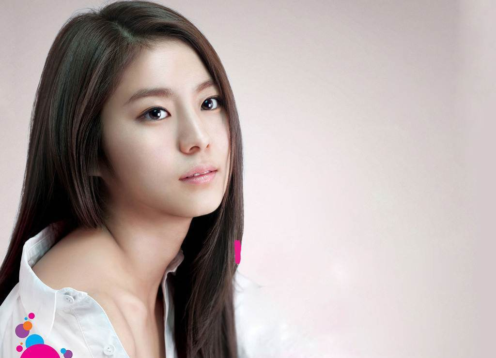 75 Flawless Medium Hairstyles For Women With Round Faces Pertaining To Long Hairstyles Korean Actress (View 22 of 25)