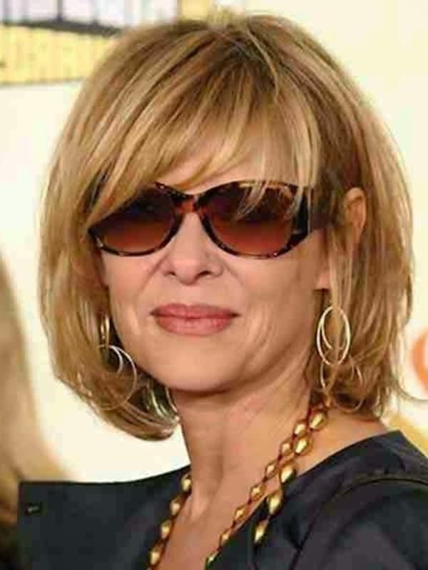 78 Gorgeous Hairstyles For Women Over 40 for Long Hairstyles For Women Over 40 With Bangs