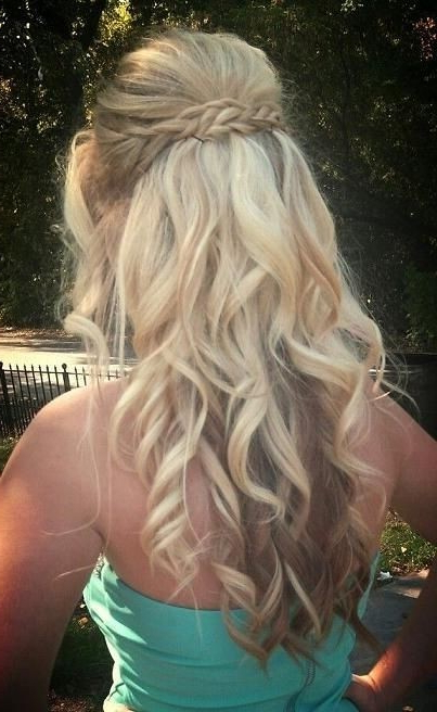 8 Fantastic New Dance Hairstyles: Long Hair Styles For Prom Pertaining To Long Hairstyles For Dances (View 6 of 25)
