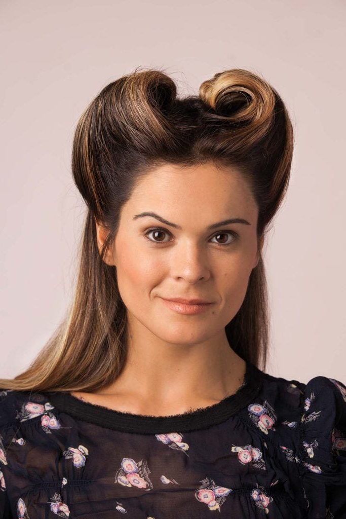 8 Vintage Pin Up Styles For Long Hair Inside Vintage Haircuts For Long Hair (View 9 of 25)