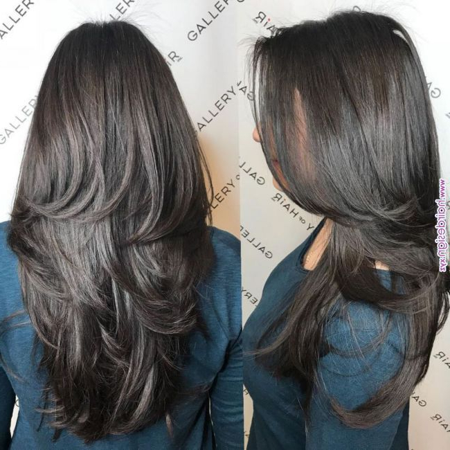 80 Cute Layered Hairstyles And Cuts For Long Hair #20: Classic pertaining to Classic Layers Long Hairstyles For Volume And Bounce