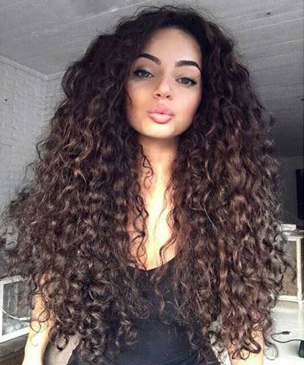 81 Stunning Curly Hairstyles For 2019 Short,medium & Long Curly In Everyday Loose Wavy Curls For Long Hairstyles (View 12 of 25)