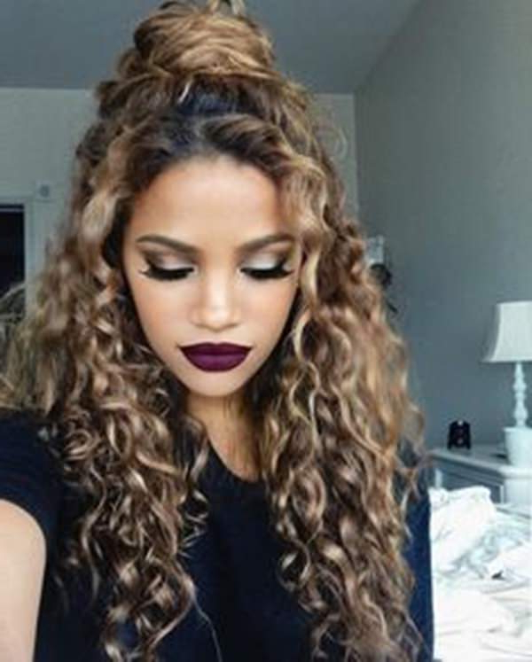 81 Stunning Curly Hairstyles For 2019 Short,medium & Long Curly Pertaining To Messy Loose Curls Long Hairstyles With Voluminous Bangs (View 7 of 25)