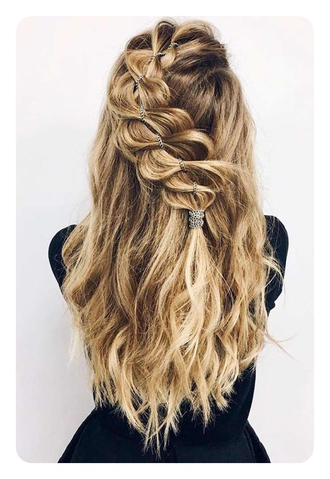 82 Graduation Hairstyles That You Can Rock This Year Regarding Long Hairstyles For Graduation (View 19 of 25)