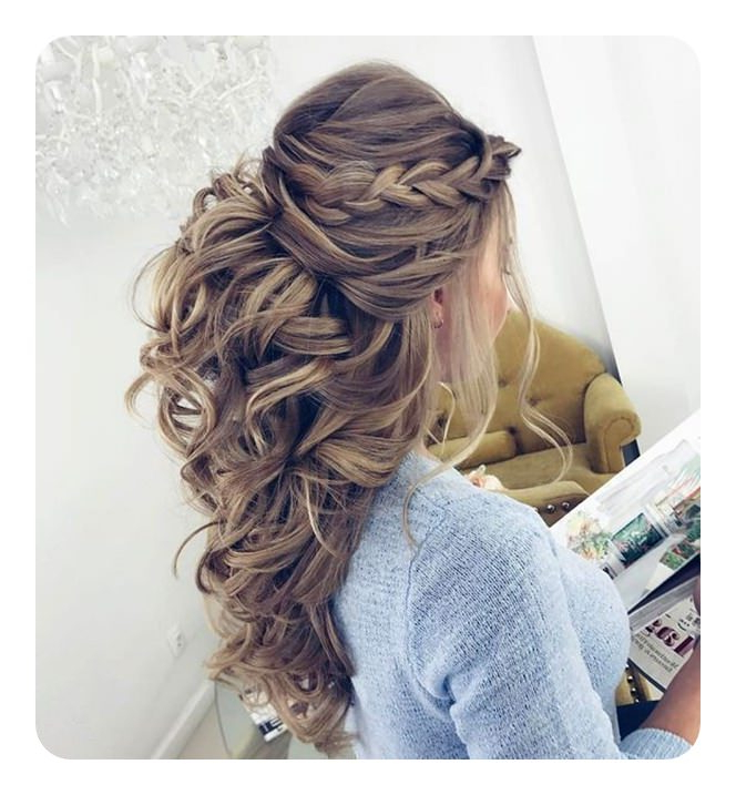 82 Graduation Hairstyles That You Can Rock This Year With Regard To Long Hairstyles For Graduation (View 9 of 25)