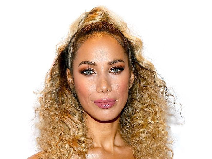 9 Easy On The Go Hairstyles For Naturally Curly Hair With Regard To Everyday Loose Wavy Curls For Long Hairstyles (View 9 of 25)