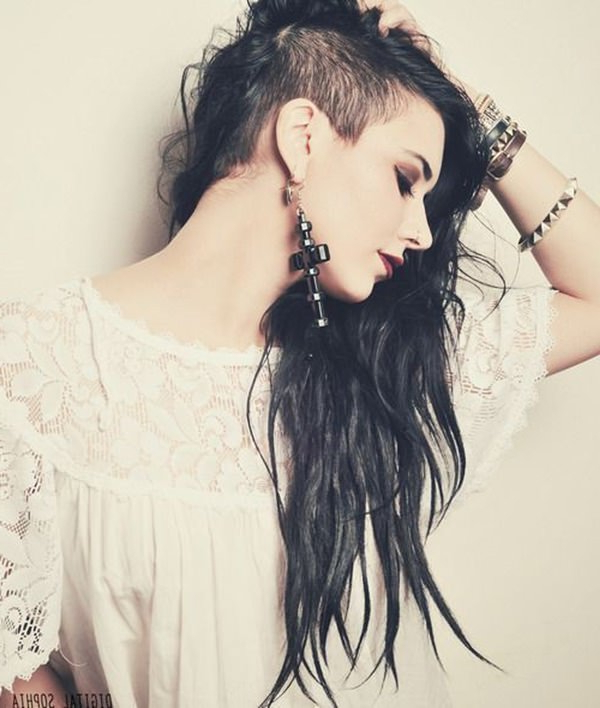 95 Bold Shaved Hairstyles For Women Within Long Haircuts With Shaved Side (View 10 of 25)
