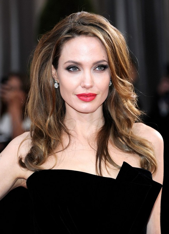 Angelina Jolie Red Carpet Hairstyles For Long Wavy Hair – Hairstyles For Long Hairstyles Red Carpet (View 7 of 25)