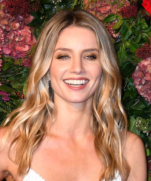 Annabelle Wallis Casual Long Wavy Hairstyle – Blonde Hair Color With With Long Hairstyles Casual (View 18 of 25)