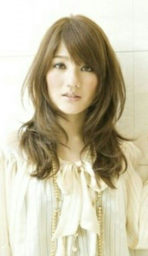 Asian Korean Japanese Chinese Long Layers Wavy Curls Hair Side Swept Within Chinese Long Haircuts (View 4 of 25)