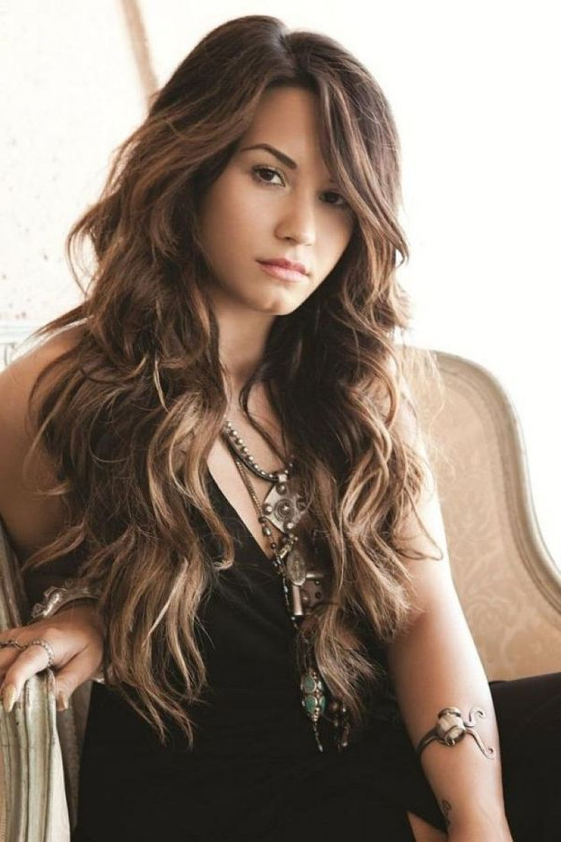 Ask A Hairstylist: The Best Styles For Long, Naturally Wavy Hair Throughout Long Haircuts For Wavy Hair (View 4 of 25)