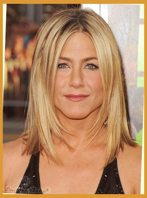 Best Haircuts For Women In Their 40S – Best Haircuts For Long Hairstyles For Women In Their 40S (View 5 of 25)