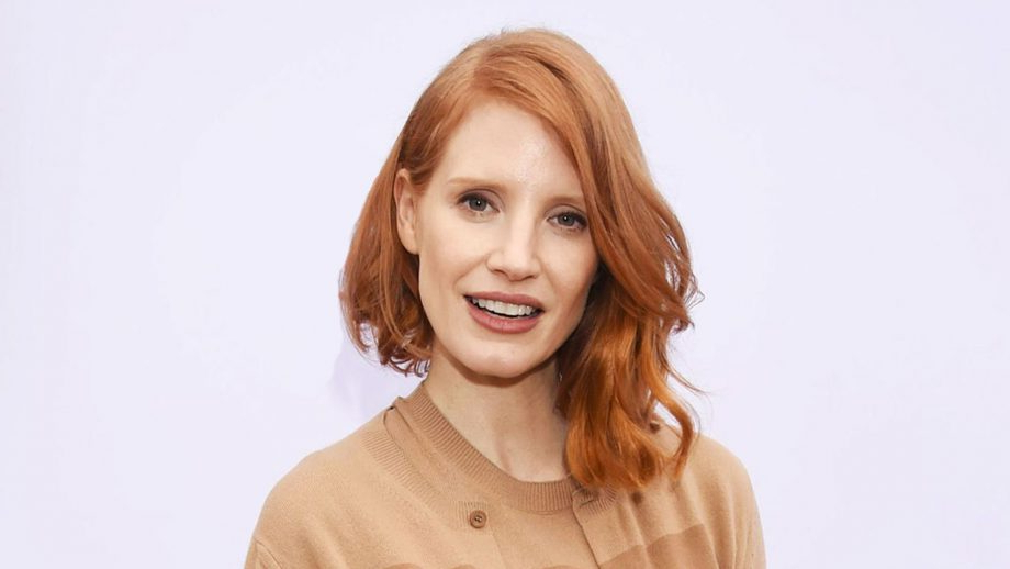 Best Hairstyles For Oval Faces 2019 According To Hair Experts Inside Long Hairstyles For Thin Hair Oval Face (View 12 of 25)