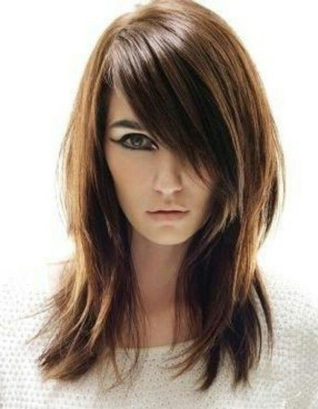Best Long Choppy Layered Straight Hairstyles With Long Side Bangs Within Choppy Long Hairstyles (View 2 of 25)
