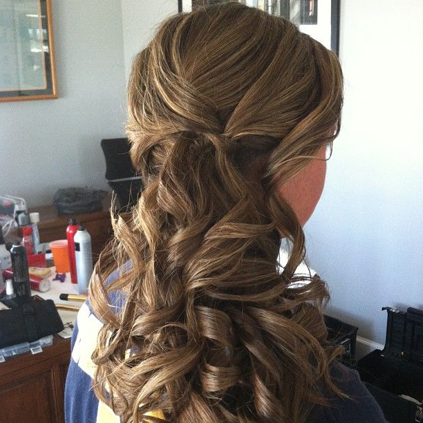 Bridesmaid Curly Low Side Ponytail Updo #jamiewarzel | Wedding With Regard To Low Curly Side Ponytail Hairstyles For Prom (View 3 of 25)
