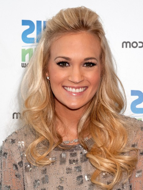 Carrie Underwood Blonde Hairstyles For Curly Long Hair – Popular Regarding Carrie Underwood Long Hairstyles (View 12 of 25)
