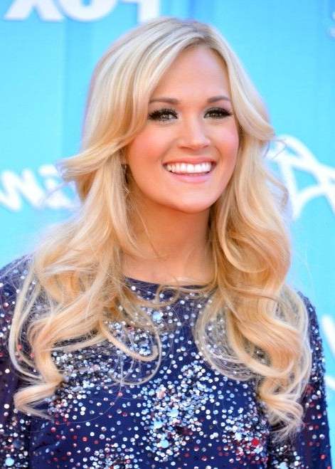 Carrie Underwood Long Hairstyle: Curls For Thin Hair | Blondes Have Inside Carrie Underwood Long Hairstyles (View 6 of 25)