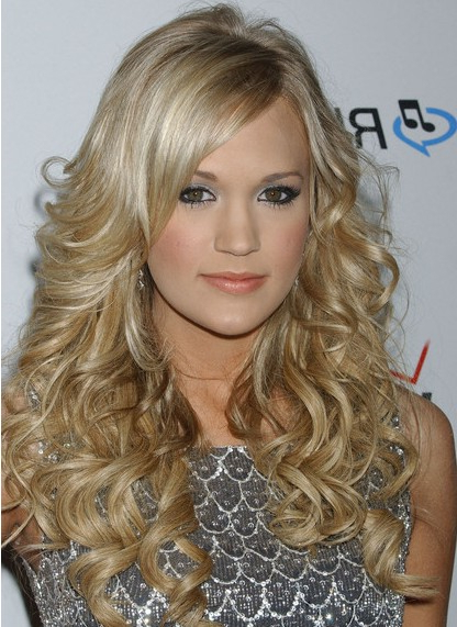 Carrie Underwood Long Hairstyles – Popular Haircuts With Regard To Carrie Underwood Long Hairstyles (View 3 of 25)