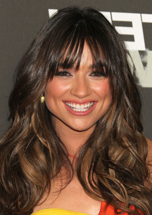 Crystal Reed Long Hairstyle For Thick Hair - Hairstyles Weekly pertaining to Long Hairstyles Thick Hair