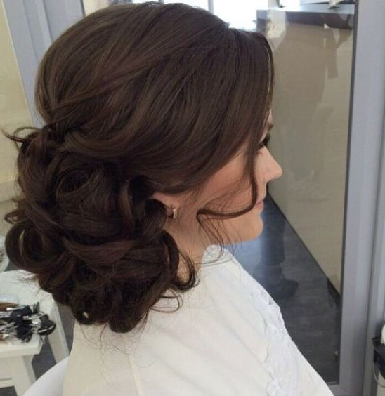 Curls, Soft Side Bun, Up Style | Hair Ideas In 2019 | Elegant For Side Bun Prom Hairstyles With Soft Curls (View 4 of 25)