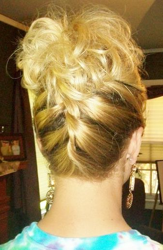Cute Prom Hair: Upside Down Braid <3 | Pretty Make Up, Hair & Nails Within Upside Down Braid And Bun Prom Hairstyles (View 12 of 25)