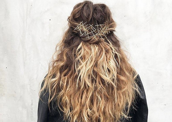 Fabulous Ways To Upgrade Your Hairstyle With Bobby Pins | Fashionisers© for Long Hairstyles With Bobby Pins
