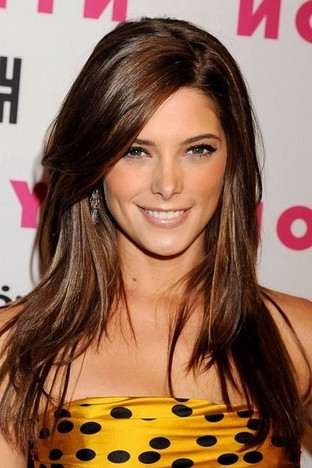 Fantastic Long Layered Hairstyle With Side Bangs For Straight Hair with regard to Side Fringe Long Hairstyles