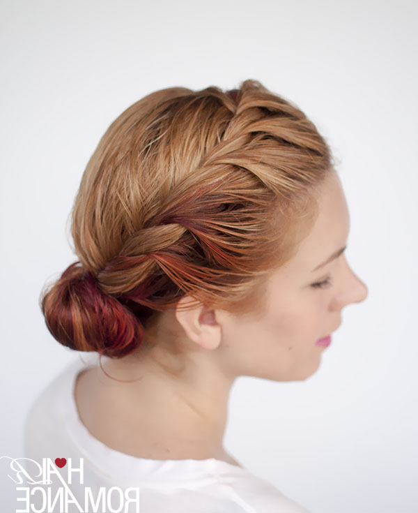 Get Ready Fast With 7 Easy Hairstyle Tutorials For Wet Hair – Hair Throughout Side Bun Prom Hairstyles With Black Feathers (View 25 of 25)