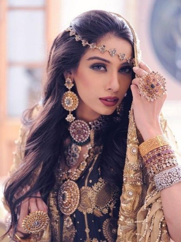 Gorgeous Indian Wedding Long Hairstyles | Kavita Mohan With Indian Bridal Long Hairstyles (View 19 of 25)