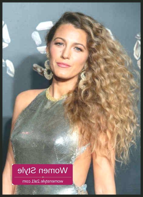 Haar Trend 2019: The Perm Is Back!   Elle   Ladies Hairstyles Haar Inside Long Hairstyles Elle (View 25 of 25)