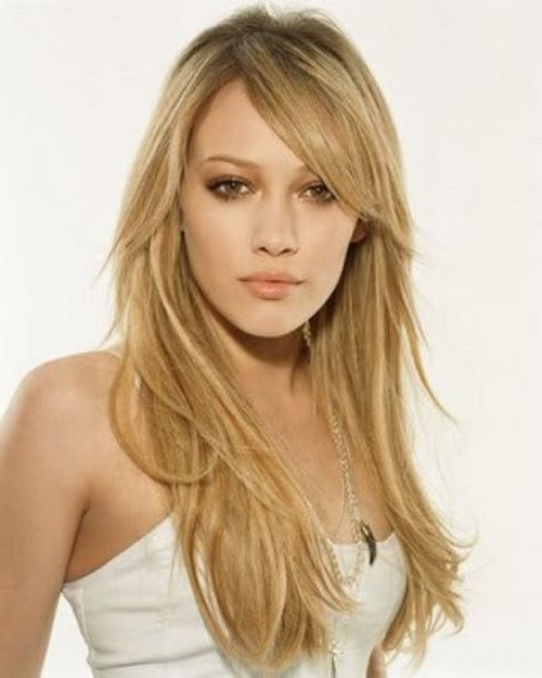 Haircuts For Fine Hair With Oval Faces Best Long Haircuts Within Throughout Long Haircuts For Fine Hair And Long Face (View 7 of 25)