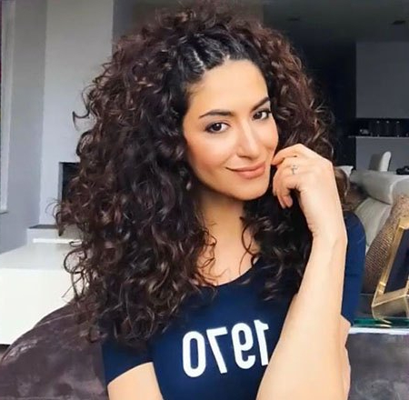 Hairstyles For Long Naturally Curly Hair (76+ Images In Collection Intended For Long Hairstyles Naturally Curly Hair (View 25 of 25)