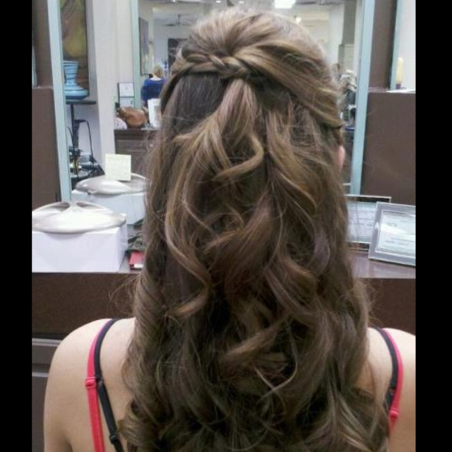 Hairstyles For Military Balls (91+ Images In Collection) Page 3 Throughout Long Hairstyles For Balls (View 19 of 25)