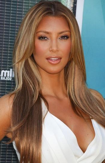 Hairstyles: Kim Kardashian – Long Layered Hairstyle For Long Layered Hairstyles Kim Kardashian (View 7 of 25)
