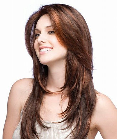 Hairstyles That Make Your Face Look Slimmer & Thinner Regarding Long Hairstyles With Layers For Round Faces (View 17 of 25)