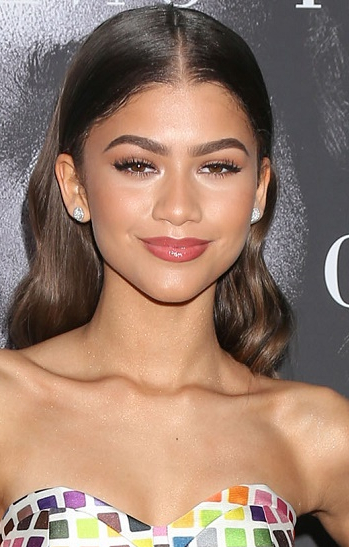 Hairstyles: Zendaya – Long Formal Hairstyle With Zendaya Long Hairstyles (View 5 of 25)