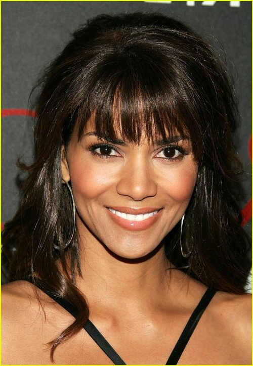Halle Berry Haircuts: Short & Long Hair, Pixie & Curly Hairstyles With Halle Berry Long Hairstyles (View 6 of 25)