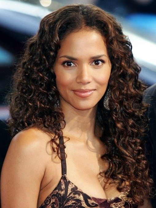 Halle Berry Long Curly Hairstyle | Beauty Hair | Halle Berry For Halle Berry Long Hairstyles (View 19 of 25)