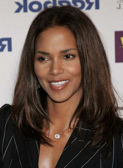 Halle Berry Sporting A Long Straight Hairstyle With Movement Throughout Halle Berry Long Hairstyles (View 8 of 25)