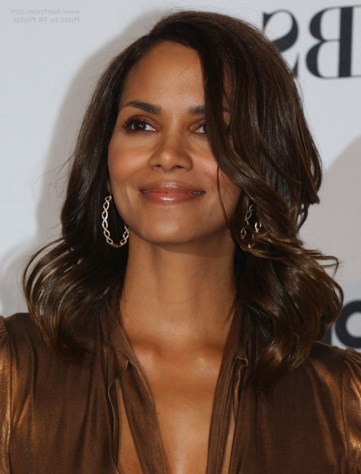 Halle Berry Wearing Her Hair Long With Waves Around Her Face Intended For Halle Berry Long Hairstyles (View 23 of 25)
