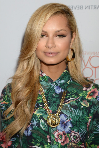 Havana Brown Long Side Part – Havana Brown Long Hairstyles Looks With Long Hairstyles Deep Side Part (View 24 of 25)