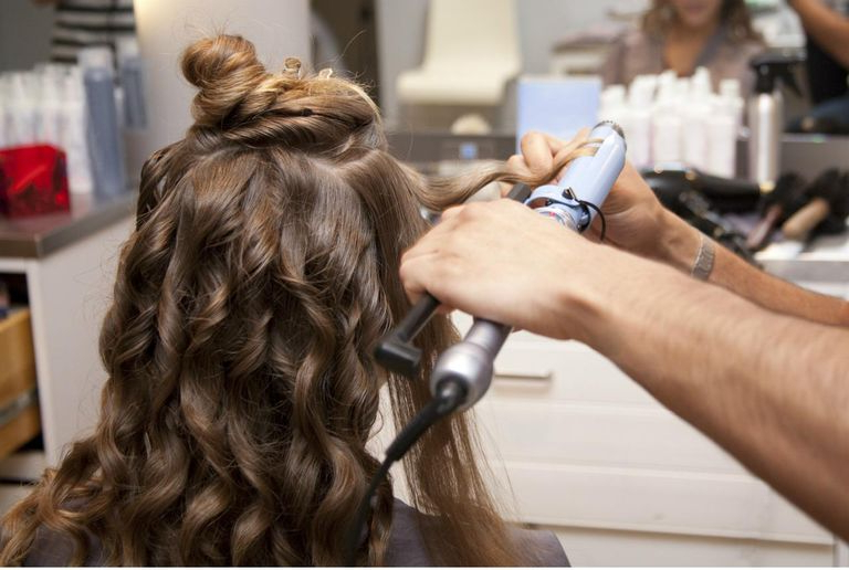 How To Curl Your Hair Like A Professional Within Winding Waves Hairstyles (View 4 of 25)