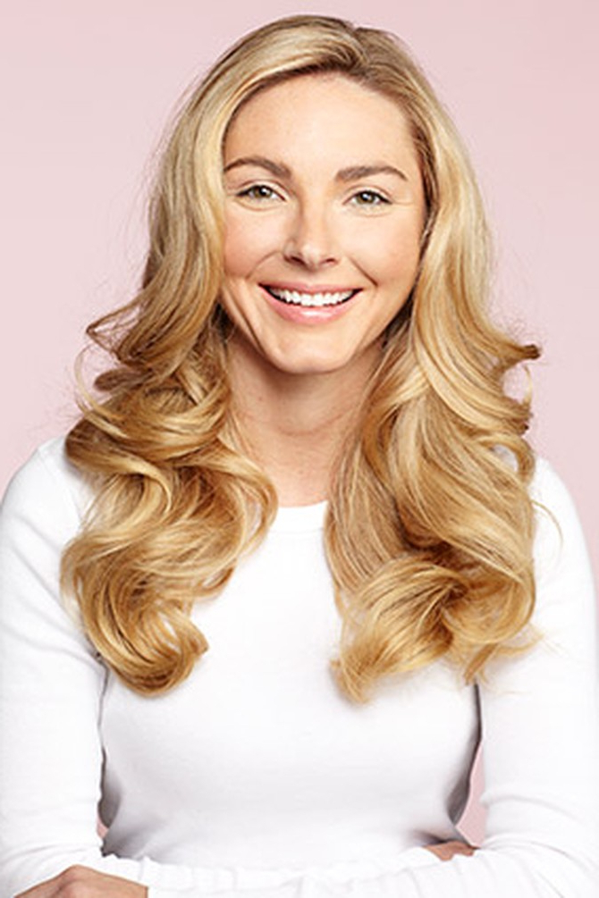 How To Use Hot Rollers Throughout Curlers For Long Thick Hair (View 17 of 25)