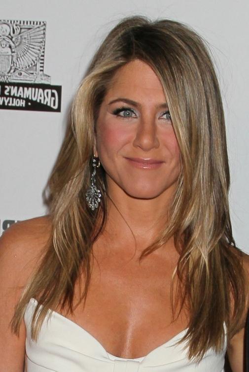 Jennifer Aniston Hairstyles – Long Layered Haircut For Women Over 40 Regarding Long Layered Hairstyles Jennifer Aniston (View 5 of 25)